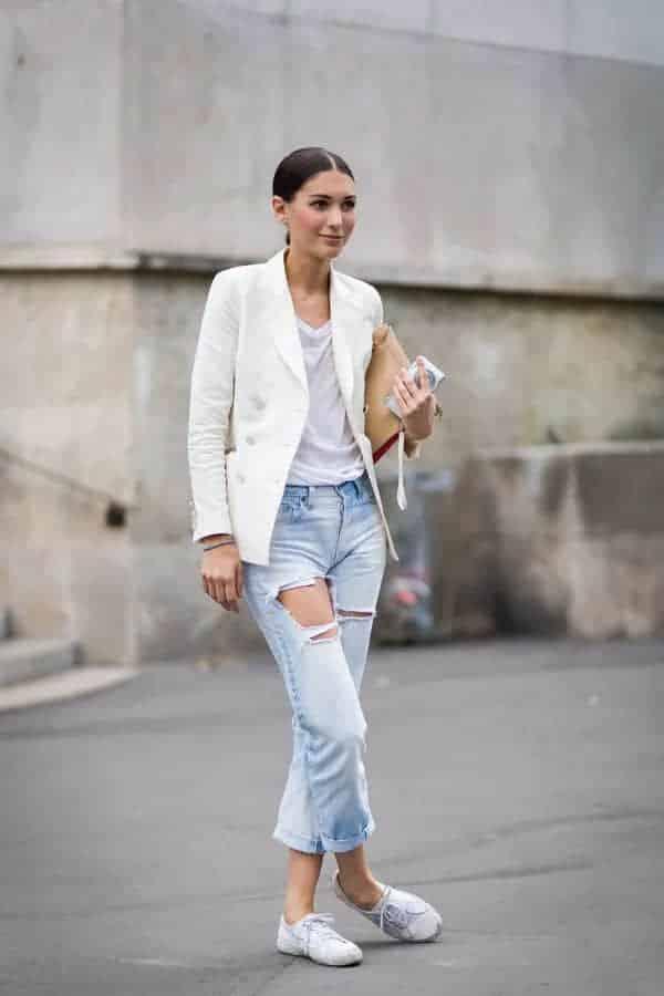 春季最好搭的一件单品是什么?是人人都爱的白T恤!
