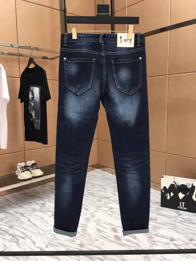 GUCCI古奇 2018SS春夏官网进口万针刺绣徽章图案时尚男士做旧休闲牛仔裤