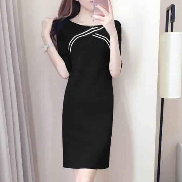 聪明女性穿衣只挑气质款,这几件新款的宽松连衣裙时尚百搭很雅致