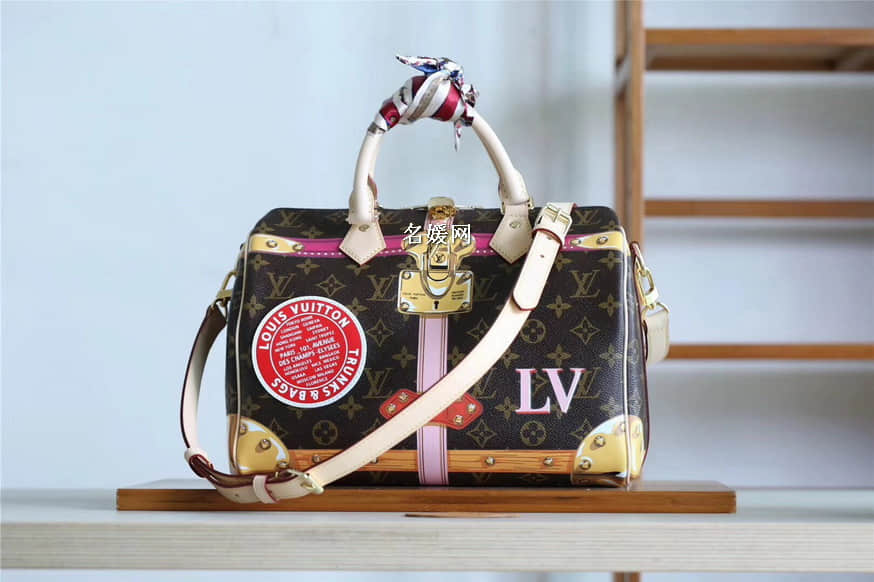 Louis Vuitton路易威登LV挂锁丝印徽章图案Speedy 30枕头包M41386