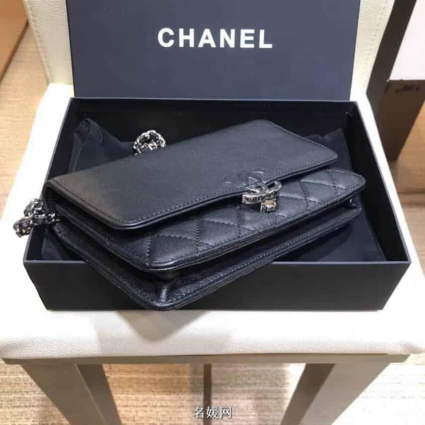 香奈儿(Chanel)2018新款搭扣翻盖包小挎包 88636