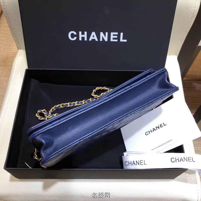 香奈儿(Chanel)18新款细颗粒球纹牛皮 双c车线logo斜挎包 88635 2颜色