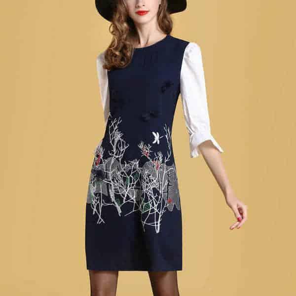 收腰绣花裙子,精致唯美尽显35+女人魅力,配高跟鞋更完美