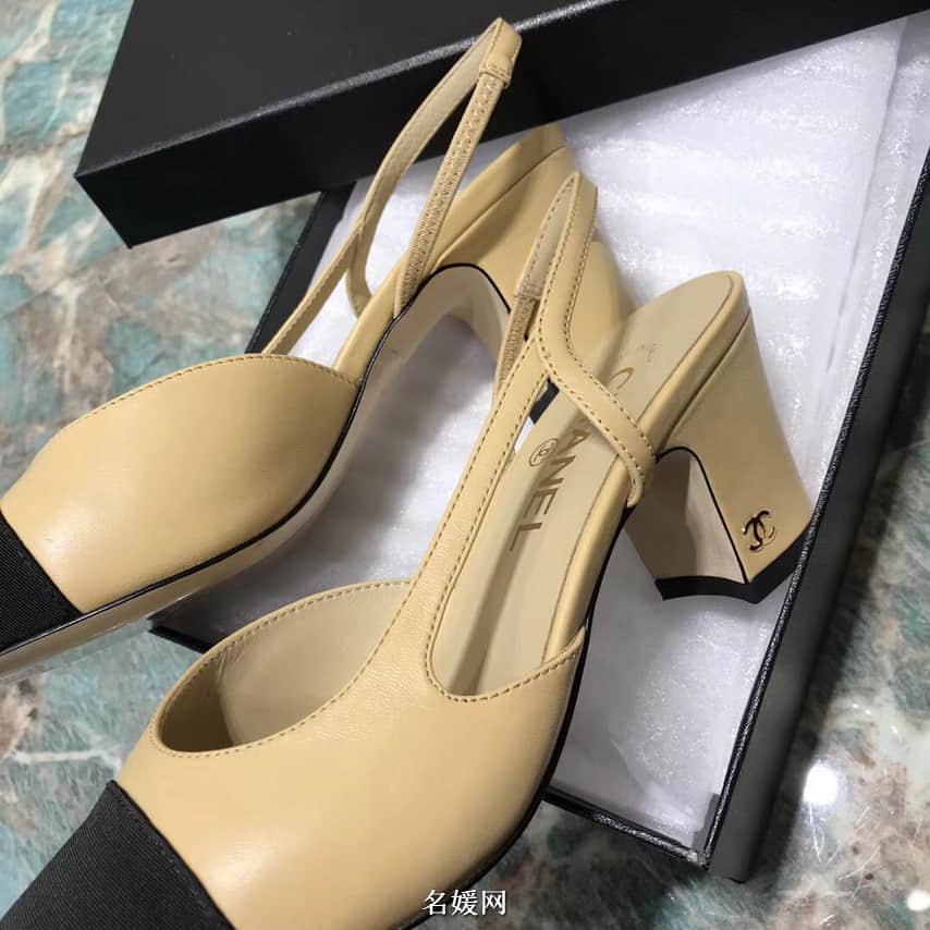 CHANEL香奈儿 18新款 经典Sling Back 拼色牛皮粗跟单鞋 女鞋