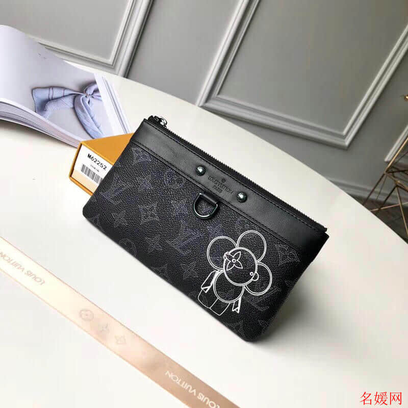 LV/路易威登 18新款Pochette Apollo Vivienne太阳花手机包卡包零钱包M62897