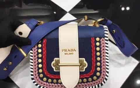 PRADA/普拉达 Pionnière小牛皮拼牛仔布手袋 1BD074