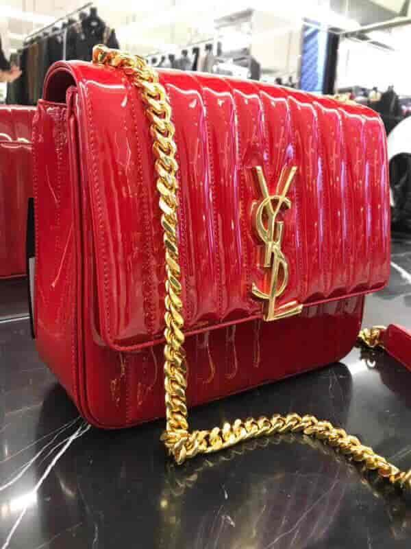 YSL/圣罗兰 18ss新款 Vicky 大号艳红色漆皮包 532595