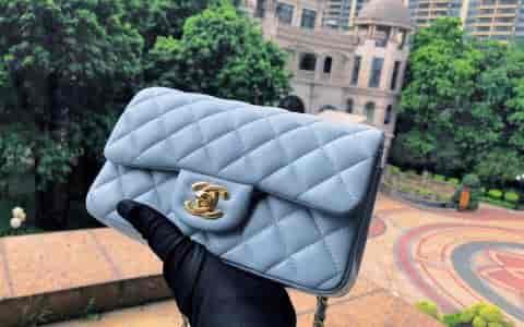 Chanel香奈儿 18年新色 冰川蓝菱格羊皮cf mini 链条包 20cm