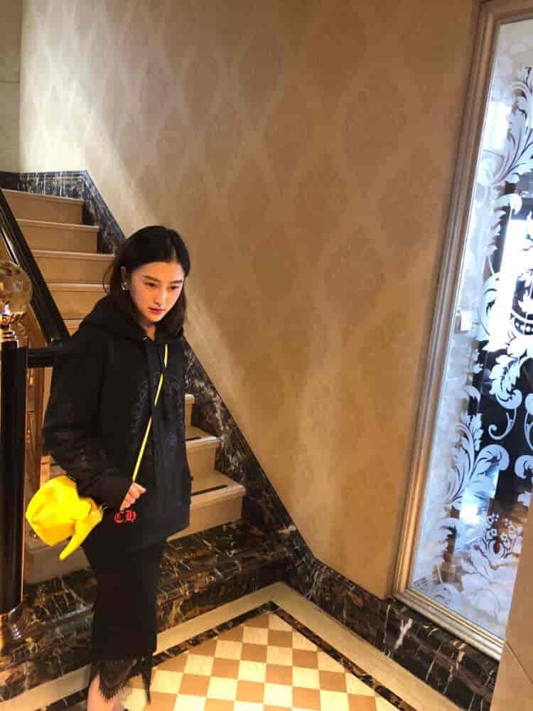 Loewe/罗意威 18新款Elephant Mini Bag小象包 柠檬黄/黄色