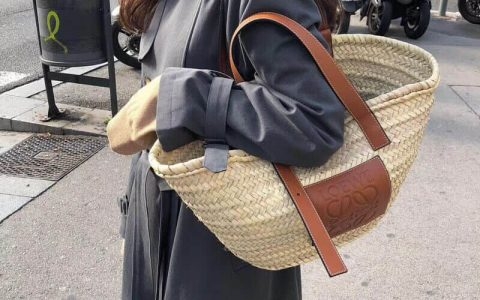 LOEWE/罗意威 2018年新款编织篮子形草编包
