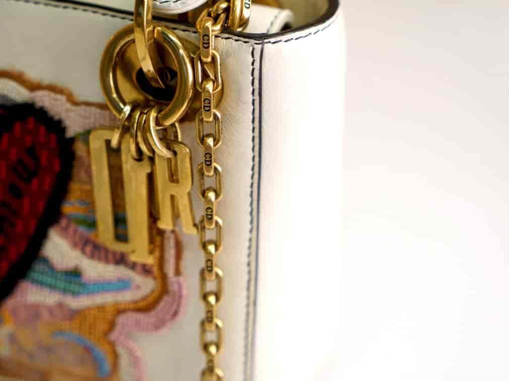 限量款的Lady Dior简直太好看了!!!
