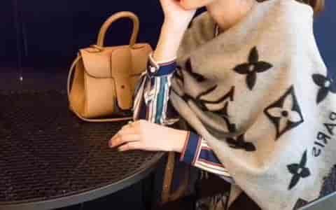 LV 霍思燕,李小璐各大明星同款羊绒围巾/披肩