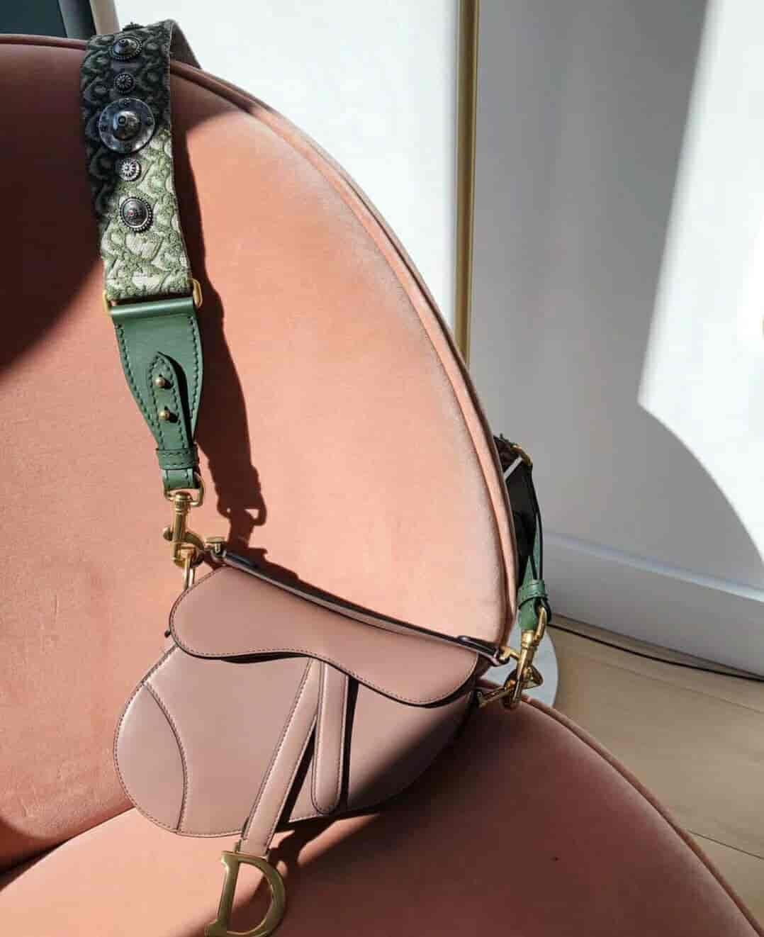 Dior/迪奥 SADDLE小牛皮手提马鞍包 M0446