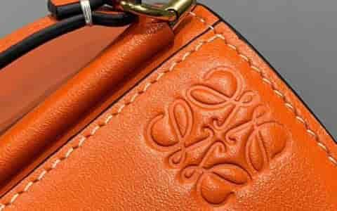 Gucci/古奇 18年新款Ace女士系列刺绣运动鞋 501908