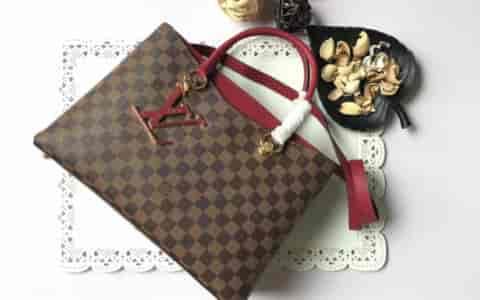 Gucci Garden系列 GG Marmont 水钻绣花装饰帆布链条包 499617
