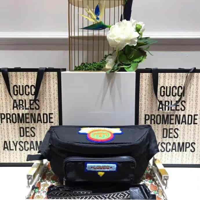 古驰/Gucci 80年代尼龙贴饰腰包 536842