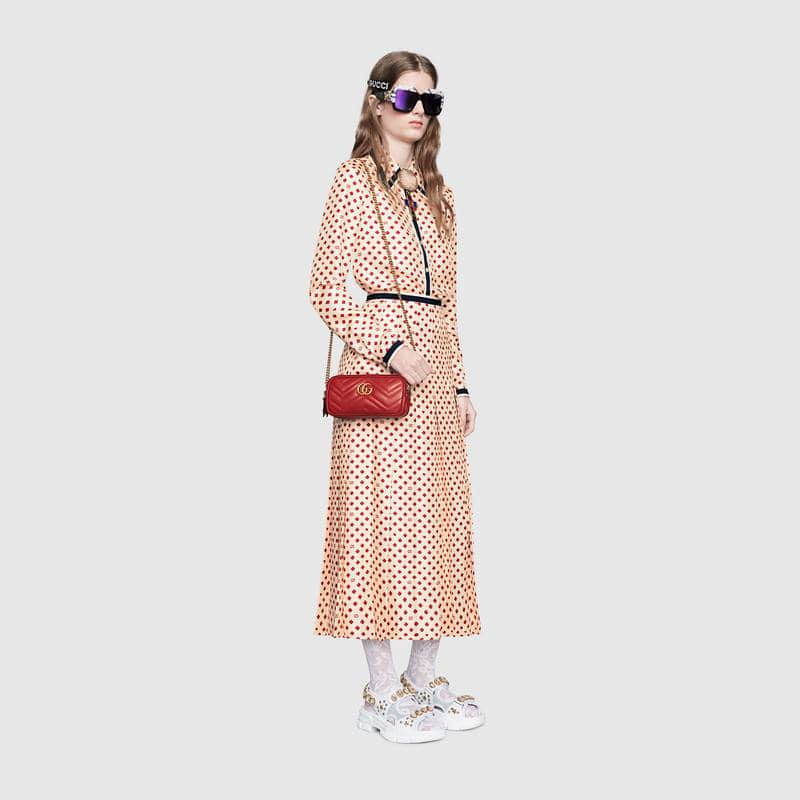 古驰/Gucci GG Marmont波浪纹牛皮三层肩背包546581