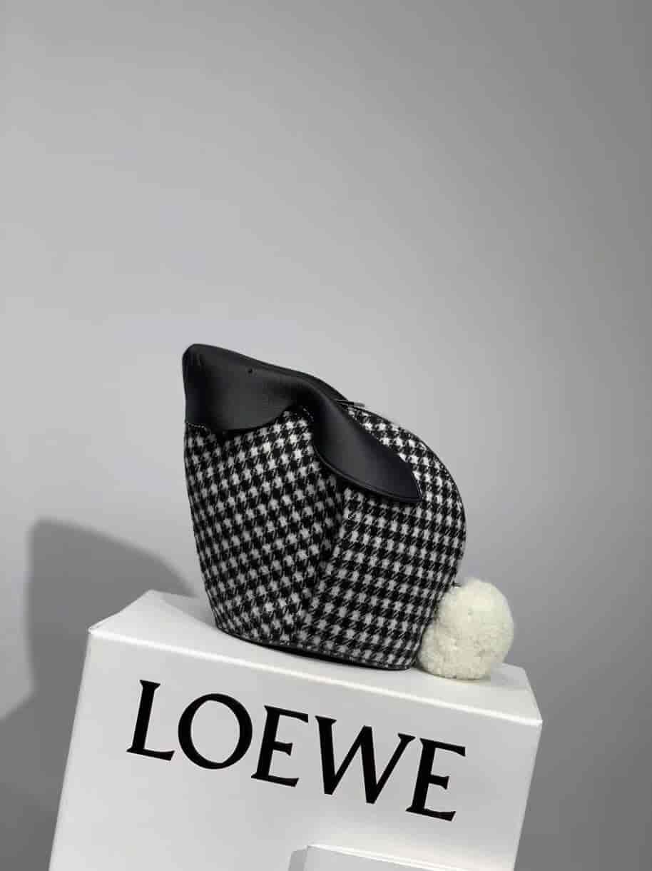 罗意威/ LOEWE 千鸟格兔子Bunny Bag