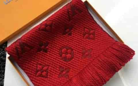 Lv红色围巾,圣诞节必备