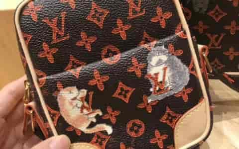 圣罗兰/Ysl KATE 中号彩色水晶装饰黑色链条包364051