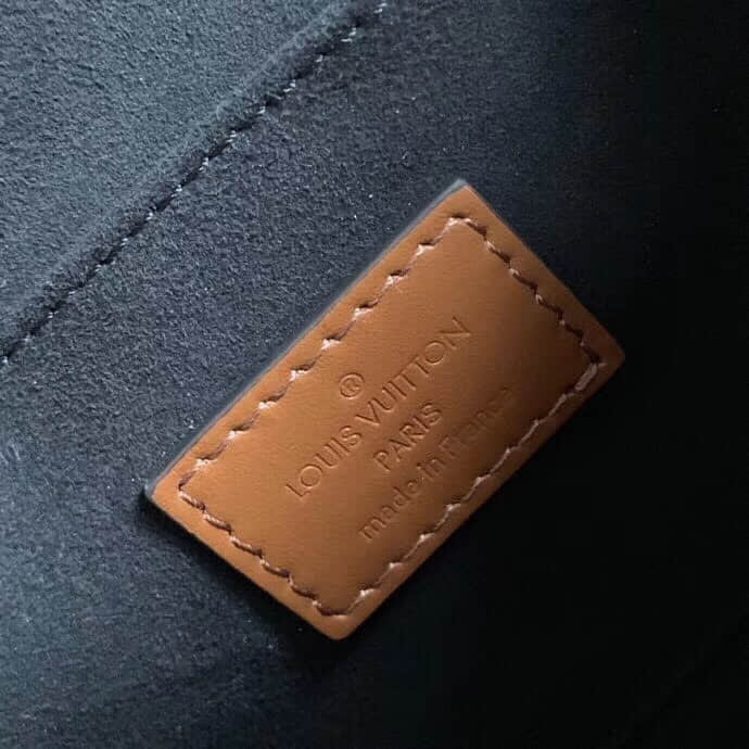 LV Dauphine手袋 链条单肩斜挎邮差包 M44391