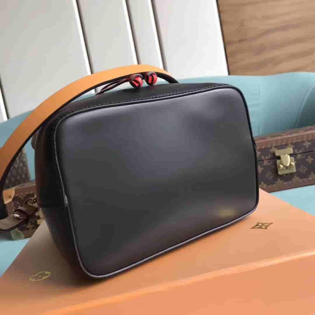 LV M52853 水波纹新款迷你水桶包 Neonoe BB 手袋