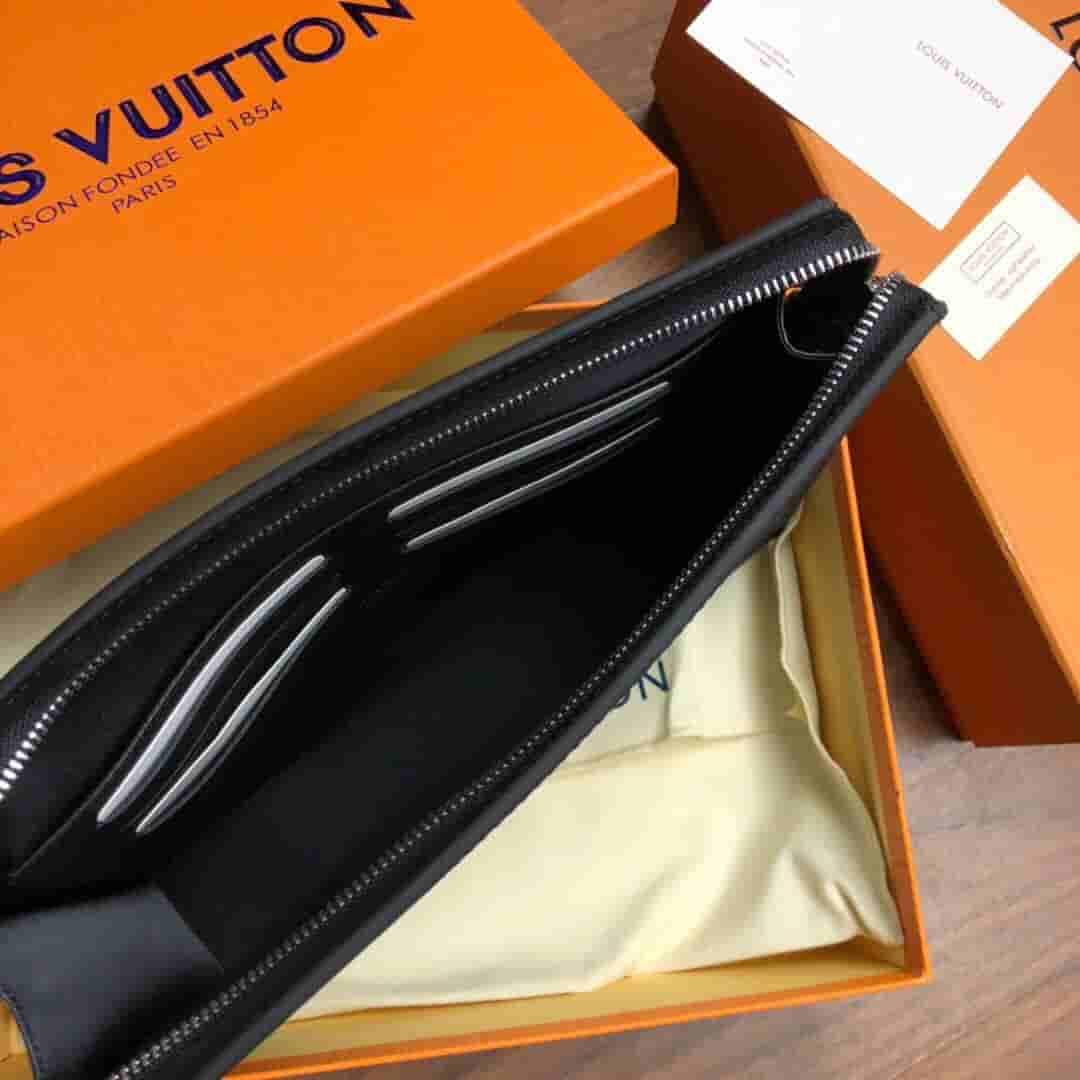 LV 马赛克VOYAGE洗刷包手拿包 N60176 N60174 N60175