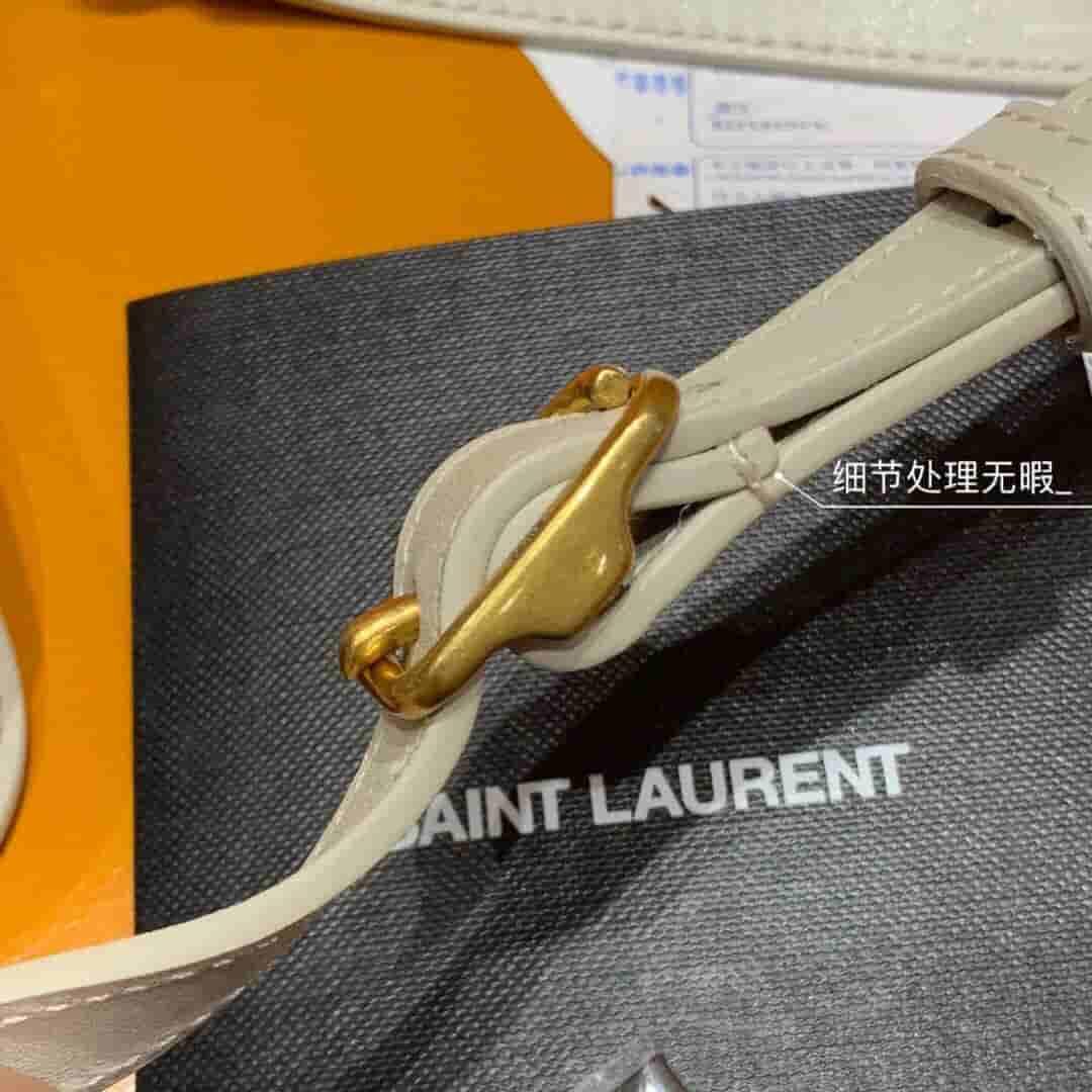 YSL BETTY 迷你磨面皮挎包 566959