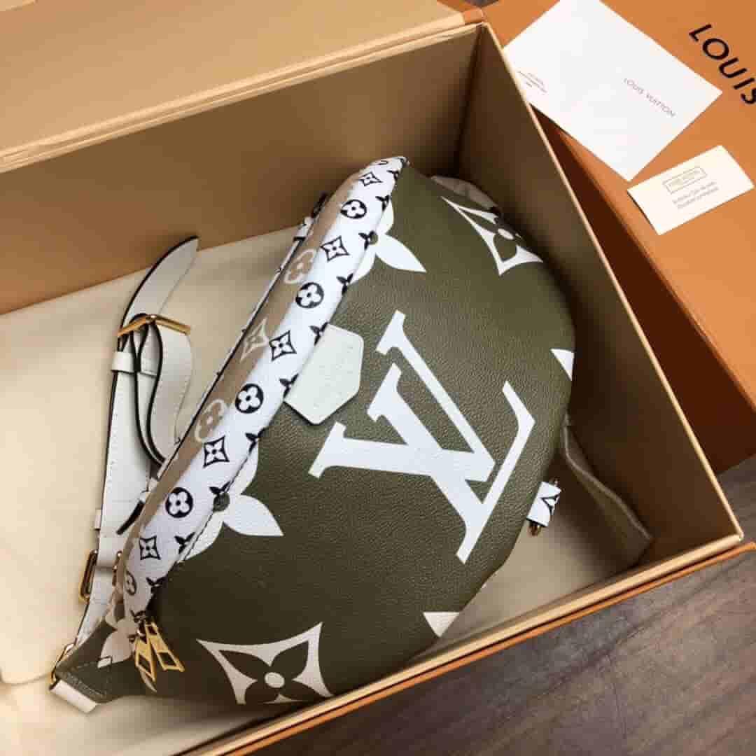 LV 2019夏季新款BUMBAG腰包胸包 M44575 M44611