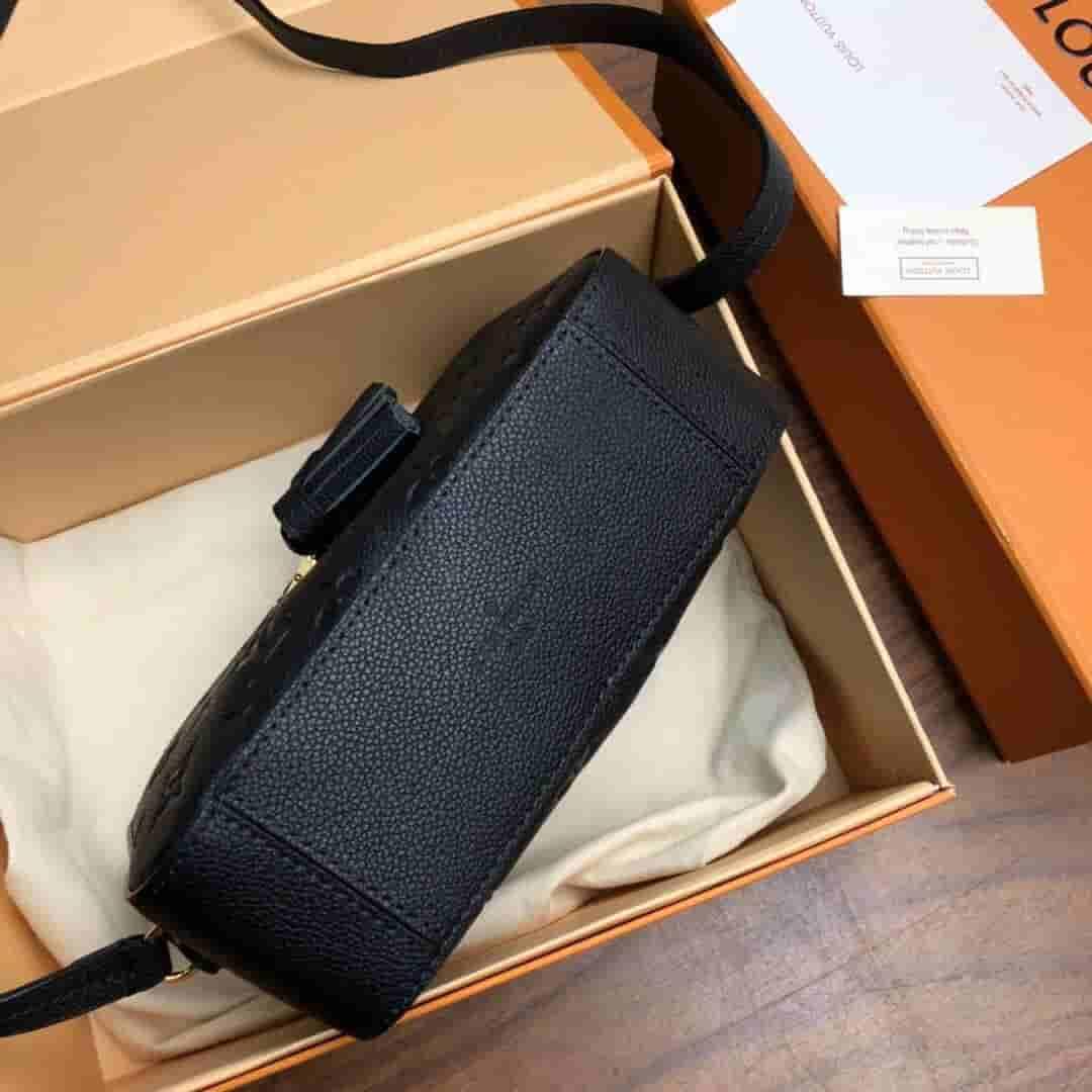 LV Saintonge压纹皮革相机包 M44597 M44593 M44606