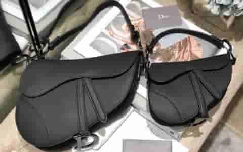 Dior/迪奥 磨砂黑 Saddle Bag马鞍包