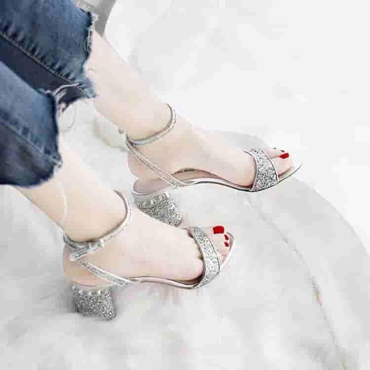 MiuMiu/缪缪 2019春夏新款闪粉凉鞋 5X502C