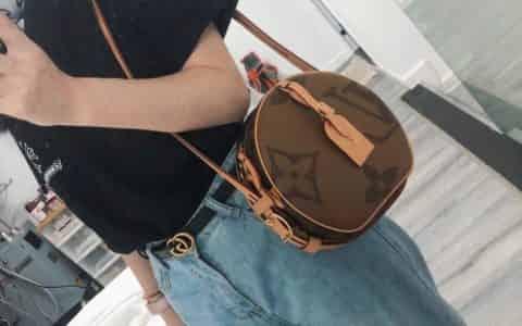 LV M44604 Boite Chapeau Souple手袋 软圆饼包