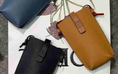 Loewe/罗意威 2019新款pocket系列斜挎手机包