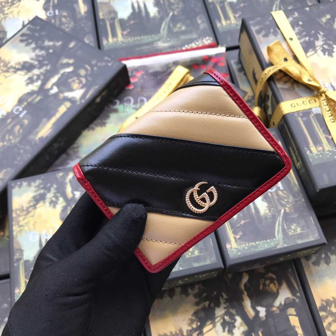 GUCCI/古驰 GG Marmont 系列卡包 573811