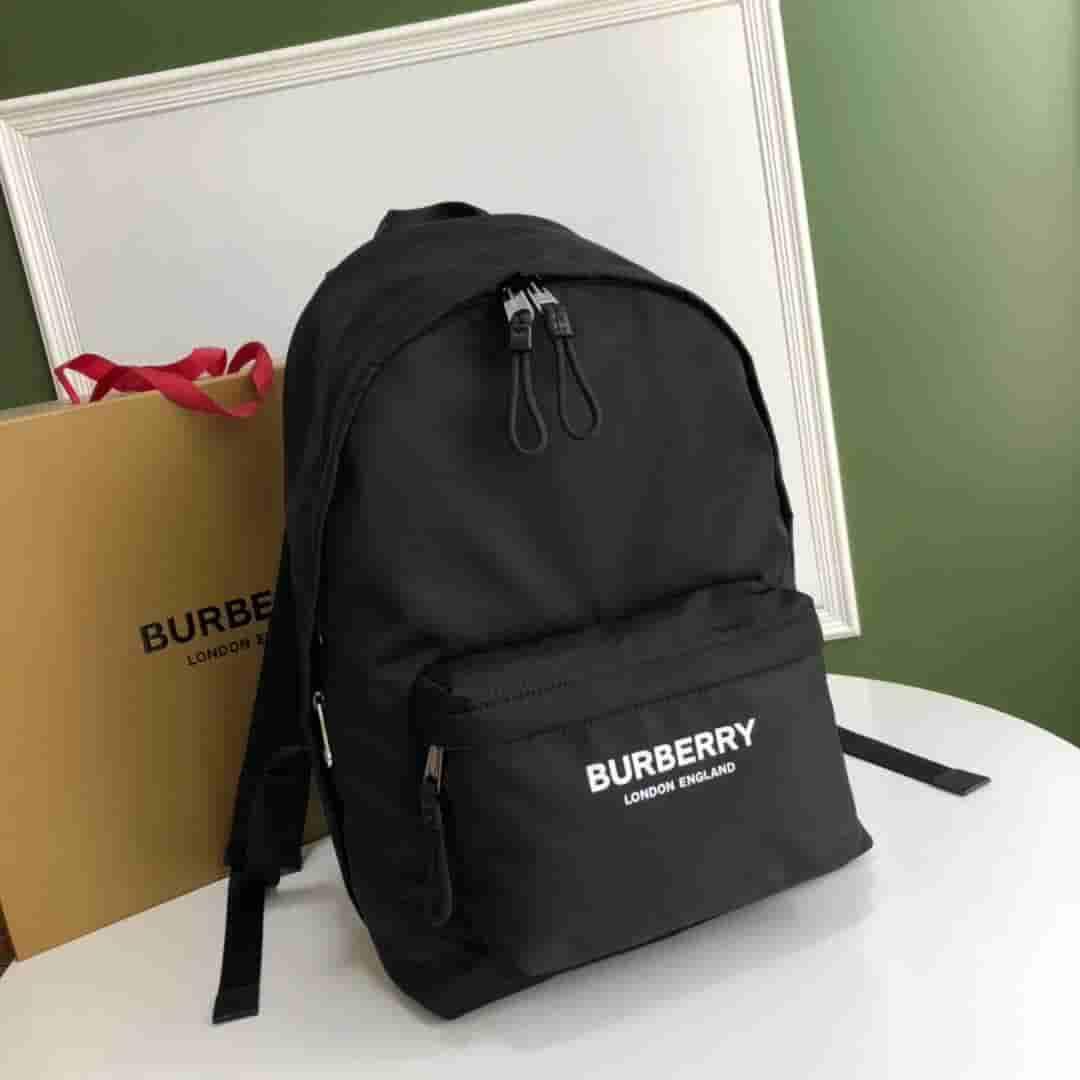 Burberry/巴宝莉 19新品徽标印花尼龙双肩包 80161091