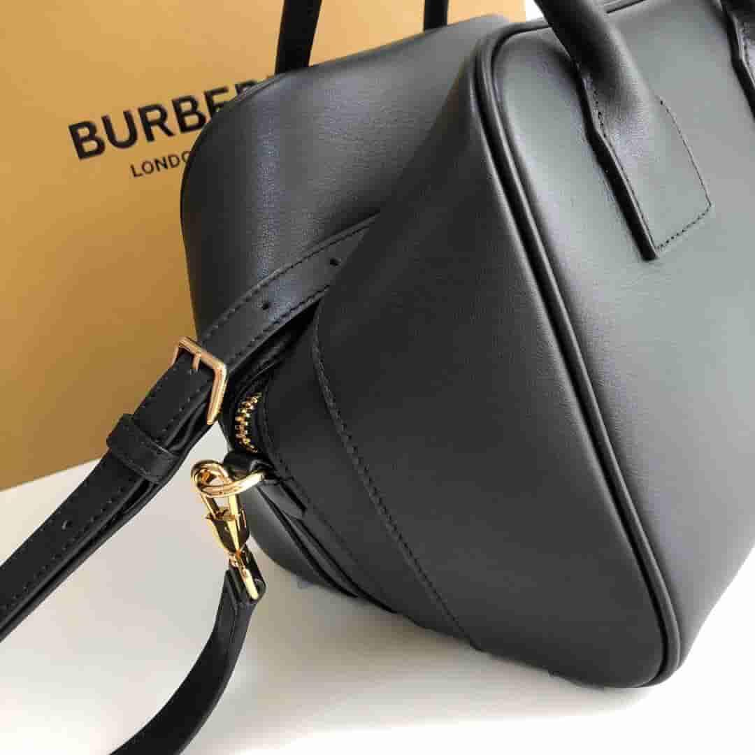Burberry/巴宝莉 Cube - 小号皮革立方包 80159141