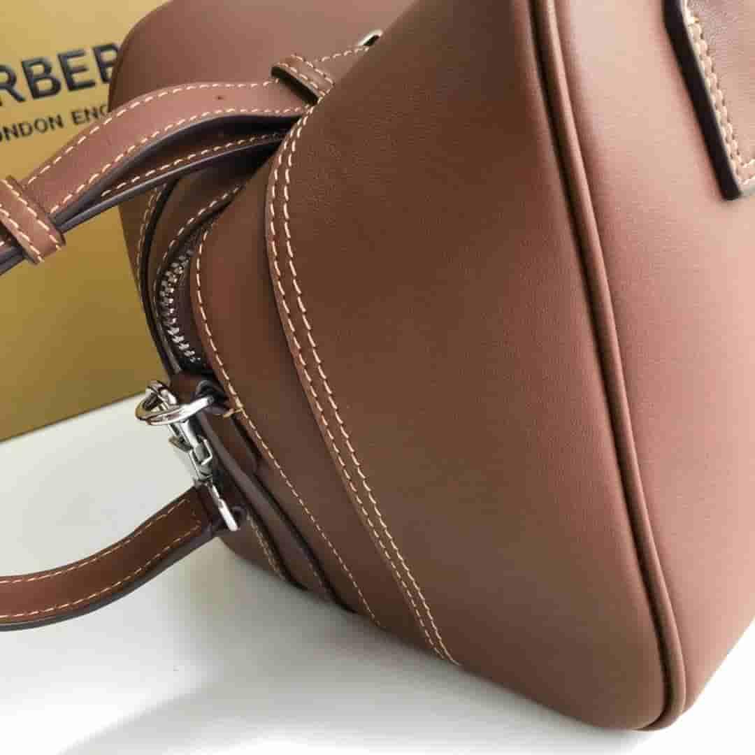 Burberry/巴宝莉 Cube - 小号棕色皮革立方包 80148701