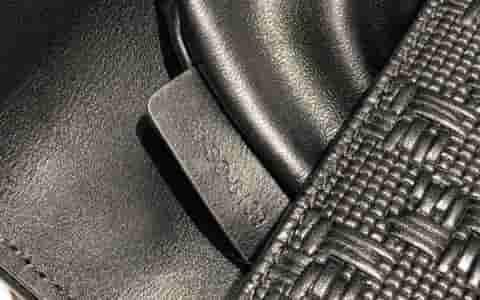 LV 小牛皮Chalk单肩包抽绳包胸包 M44633 M44634