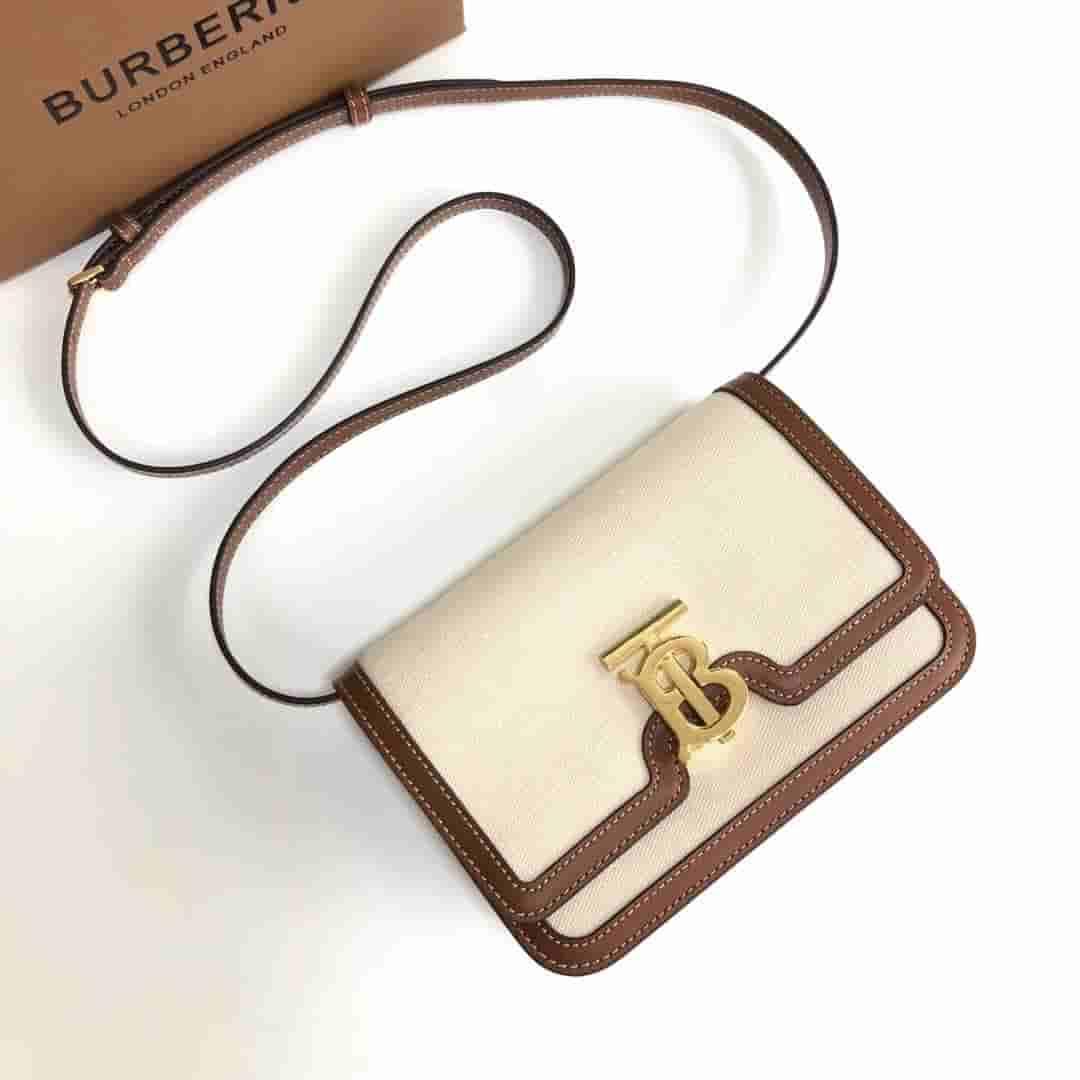 Burberry/巴宝莉 TB 小号专属标识双色帆布拼皮革锁扣包 80146401
