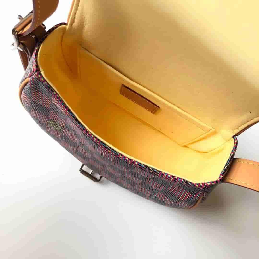 LV 2019新款Tambourin 手袋 印花马鞍包 M55460