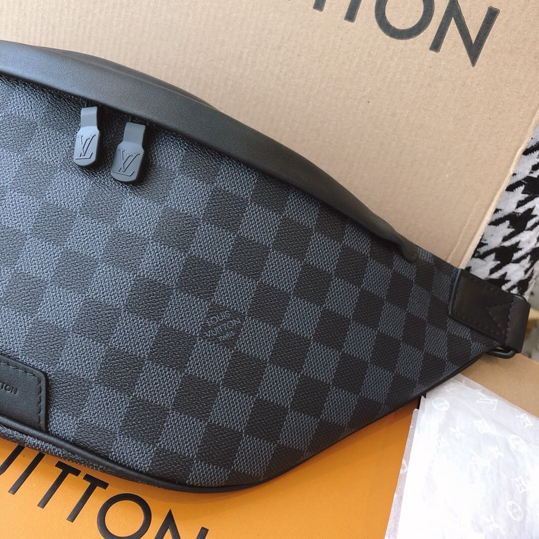 LV N40187 Damier Graphite涂层帆布Discovery腰包