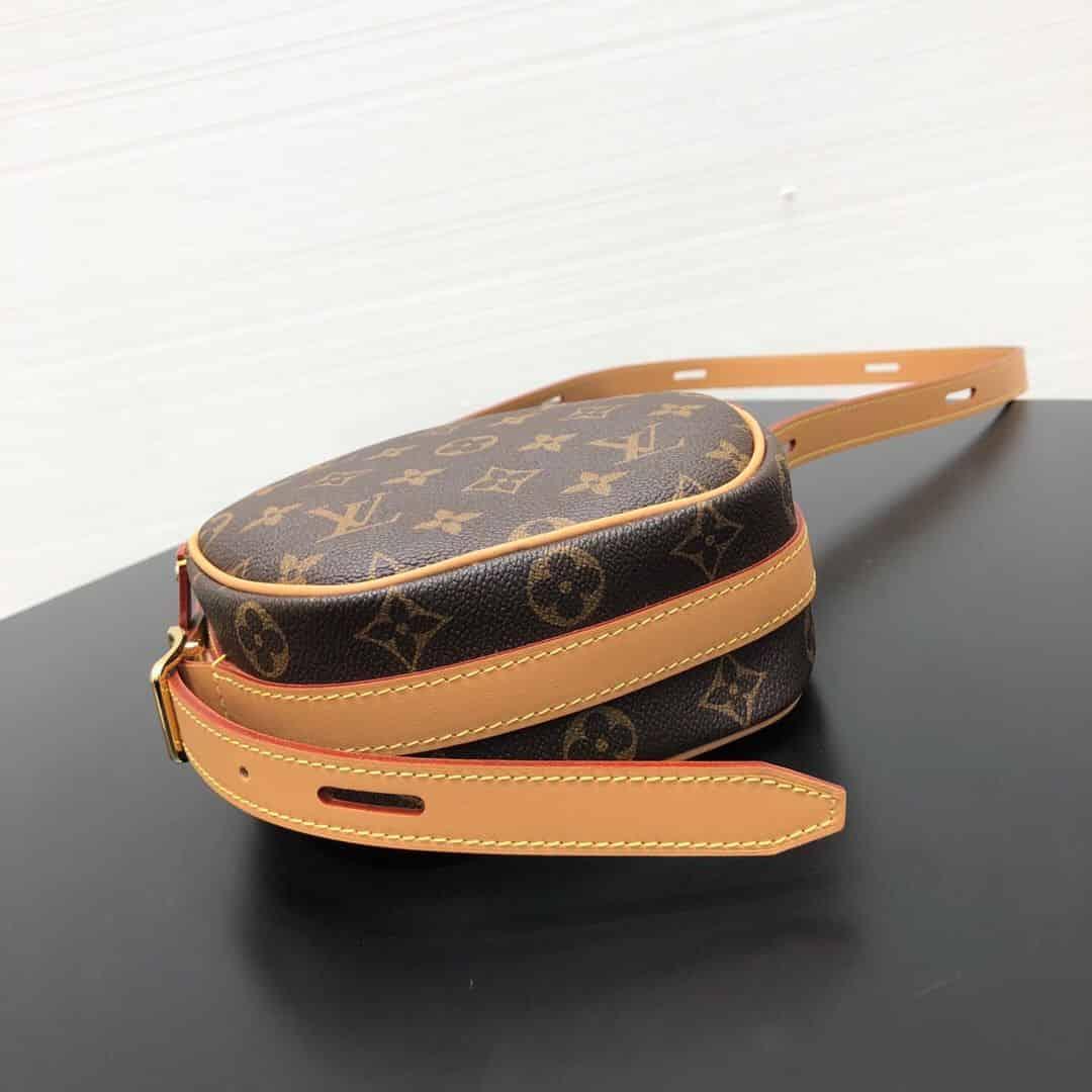 LV M45149 Boîte Chapeau Souple 小号手袋 软圆饼包
