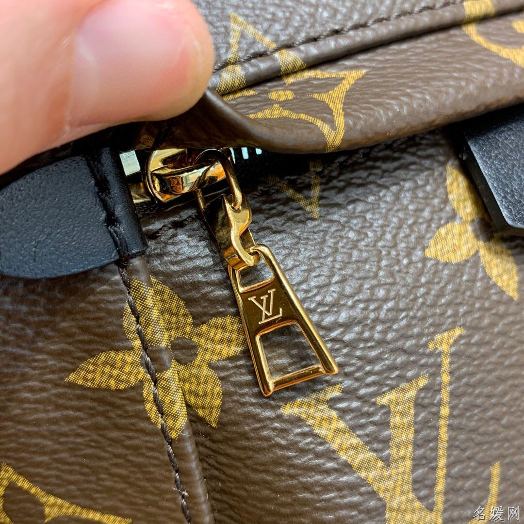 LV M44873 PALM SPRINGS 新版本老花迷你双肩包