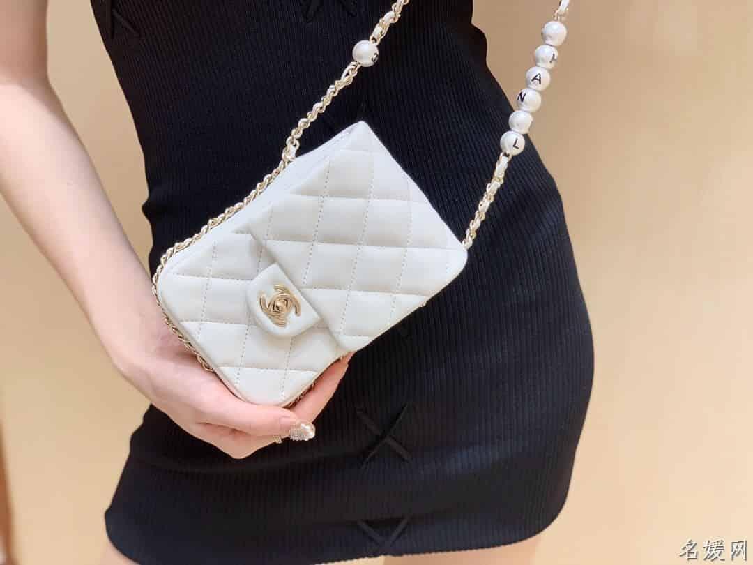 Chanel/香奈儿 2020新款珍珠字母手机包 AS1624