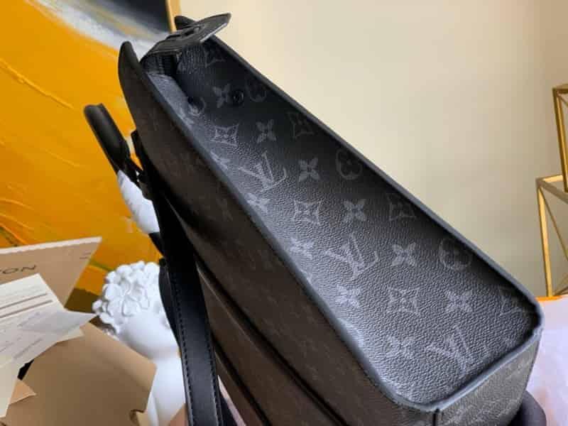 LV M45265 Sac Plat Horizontal Zippé 公文包