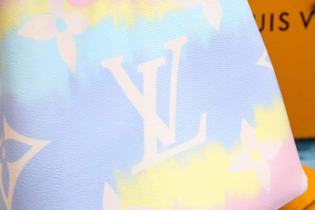 LV 2020新款夏日系列扎染粉色NéoNoé水桶包 M45124
