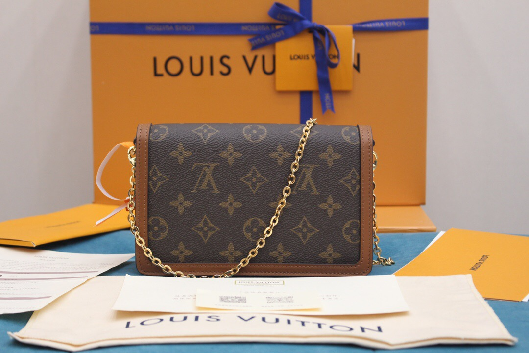 Louis Vuitton LV Dauphine 达芙妮 链条 斜挎包 M68746