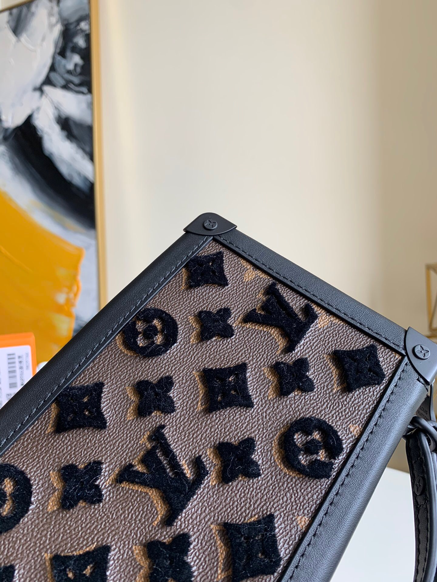 LV M45061 POCHETTE SOFT TRUNK 立体刺绣手拿包