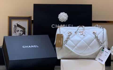 Chanel/香奈儿 2020新款小号保龄球包 AS1321